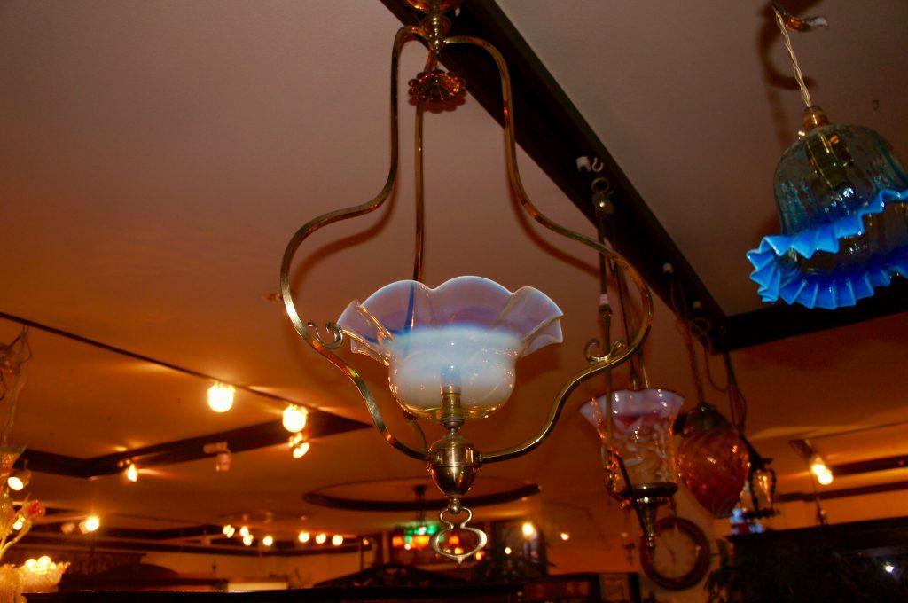 ヴァセリンガラス アンティーク ヴァセリンガラス・1灯ハンギングランプ – 43567 (SOLD)|ヴァセリンランプ 西洋・アンティーク家具の専門店「家具のこばやし」- 福島県福島市アンナガーデン