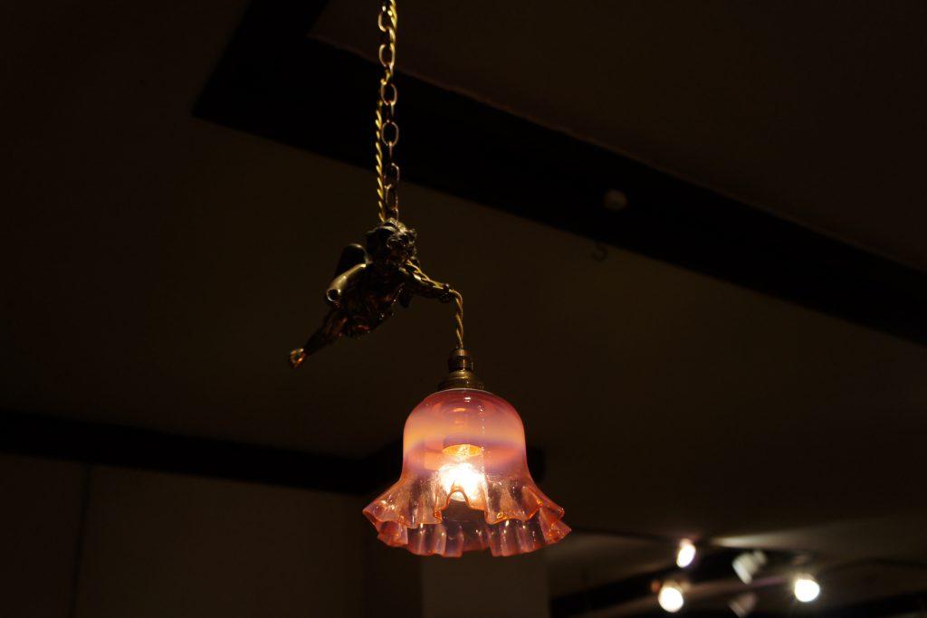ヴァセリンガラス アンティーク ヴァセリンガラス・ランプシェード – 59022 (SOLD)|ヴァセリンランプ 西洋・アンティーク家具の専門店「家具のこばやし」- 福島県福島市アンナガーデン