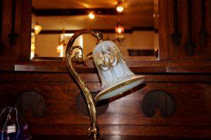 ヴァセリンガラス アンティーク ヴァセリンガラス・ランプシェード – 57028 (SOLD)|ヴァセリンランプ 西洋・アンティーク家具の専門店「家具のこばやし」- 福島県福島市アンナガーデン