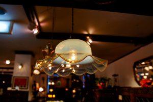 ヴァセリンガラス アンティーク ヴァセリンガラス・ランプシェード – 61024 (SOLD)|ヴァセリンランプ 西洋・アンティーク家具の専門店「家具のこばやし」- 福島県福島市アンナガーデン