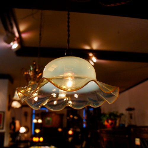 ヴァセリンガラス アンティーク ヴァセリンガラス・ランプシェード – 61024|西洋・アンティーク家具の専門店「家具のこばやし」ヴァセリンガラス・ランプシェード- 福島県福島市アンナガーデン