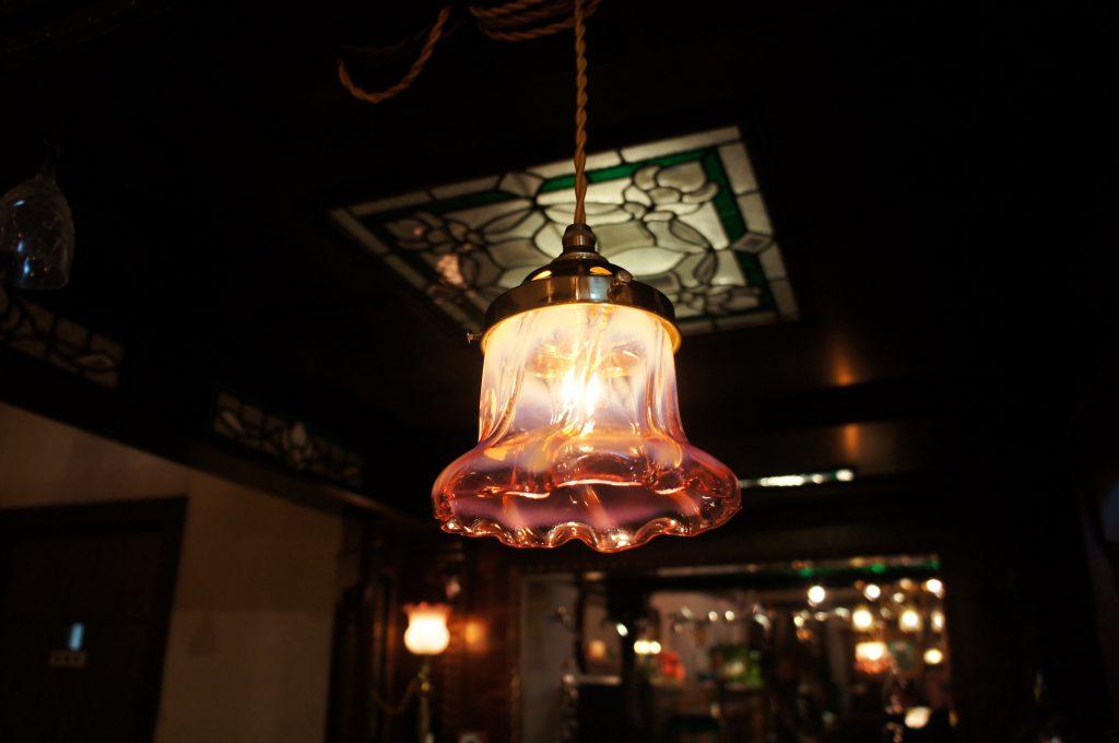 ヴァセリンガラス アンティーク ヴァセリンガラス・ランプシェード – 61004 (SOLD)|ヴァセリンランプ 西洋・アンティーク家具の専門店「家具のこばやし」- 福島県福島市アンナガーデン