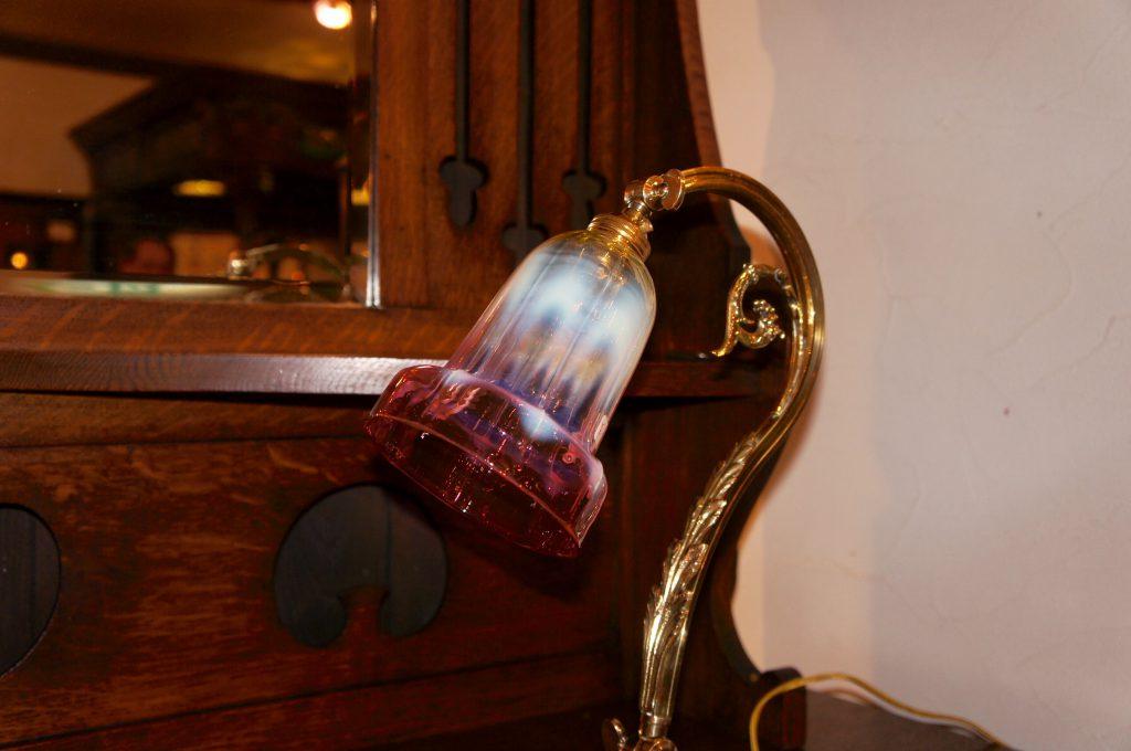 ヴァセリンガラス アンティーク ヴァセリンガラス・ランプシェード – 60064 (SOLD)|ヴァセリンランプ 西洋・アンティーク家具の専門店「家具のこばやし」- 福島県福島市アンナガーデン