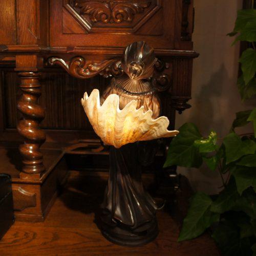 西欧輸入家具・小物 テーブルランプ|ヴァセリンランプ 西洋・アンティーク家具の専門店「家具のこばやし」- 福島県福島市アンナガーデン