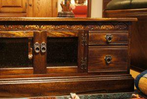 オリジナル家具 オリジナル チューダースタイル・TVボード1300|ヴァセリンランプ 西洋・アンティーク家具の専門店「家具のこばやし」- 福島県福島市アンナガーデン