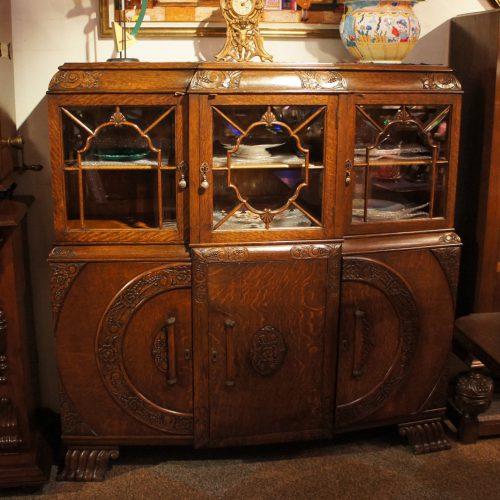 アンティーク家具 3ドアブックケース- 55071 (SOLD)|ヴァセリンランプ 西洋・アンティーク家具の専門店「家具のこばやし」- 福島県福島市アンナガーデン