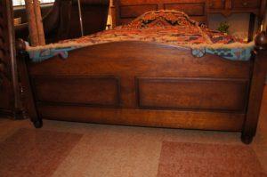 オリジナル家具 オリジナル アンティークスタイルベッド|ヴァセリンランプ 西洋・アンティーク家具の専門店「家具のこばやし」- 福島県福島市アンナガーデン