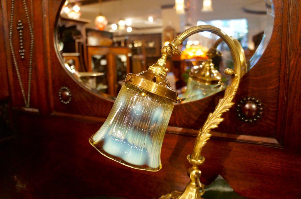 ヴァセリンガラス (NEW)  アンティーク ヴァセリンガラス・ランプシェード – 64148 (SOLD)|ヴァセリンランプ 西洋・アンティーク家具の専門店「家具のこばやし」- 福島県福島市アンナガーデン