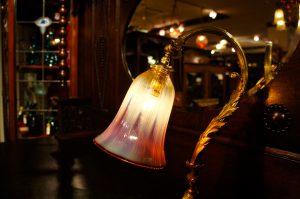 ヴァセリンガラス (NEW) アンティーク ヴァセリンガラス・ランプシェード – 64173|ヴァセリンランプ 西洋・アンティーク家具の専門店「家具のこばやし」- 福島県福島市アンナガーデン