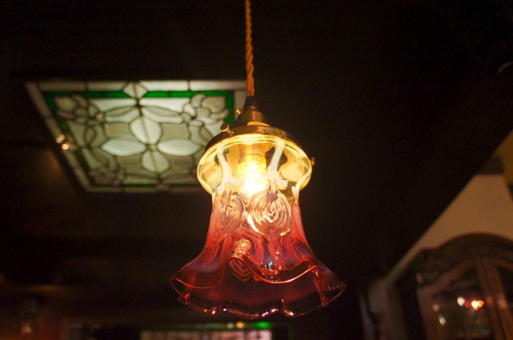 ヴァセリンガラス (NEW) アンティーク ヴァセリンガラス・ランプシェード – 64153|ヴァセリンランプ 西洋・アンティーク家具の専門店「家具のこばやし」- 福島県福島市アンナガーデン