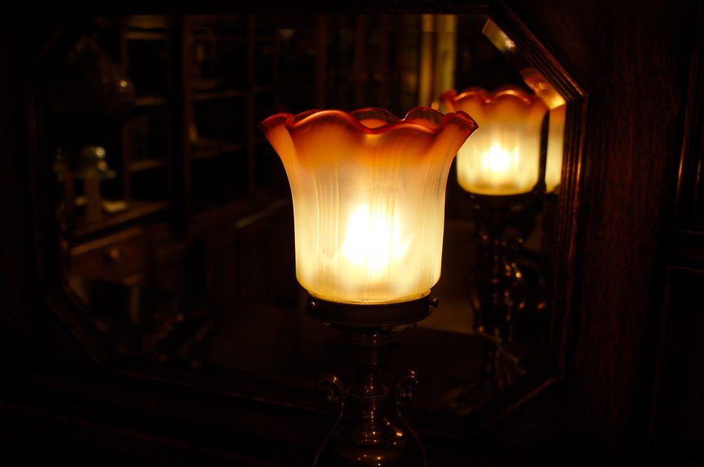 ヴァセリンガラス (NEW) アンティーク ヴァセリンガラス・ランプシェード – 63002|ヴァセリンランプ 西洋・アンティーク家具の専門店「家具のこばやし」- 福島県福島市アンナガーデン