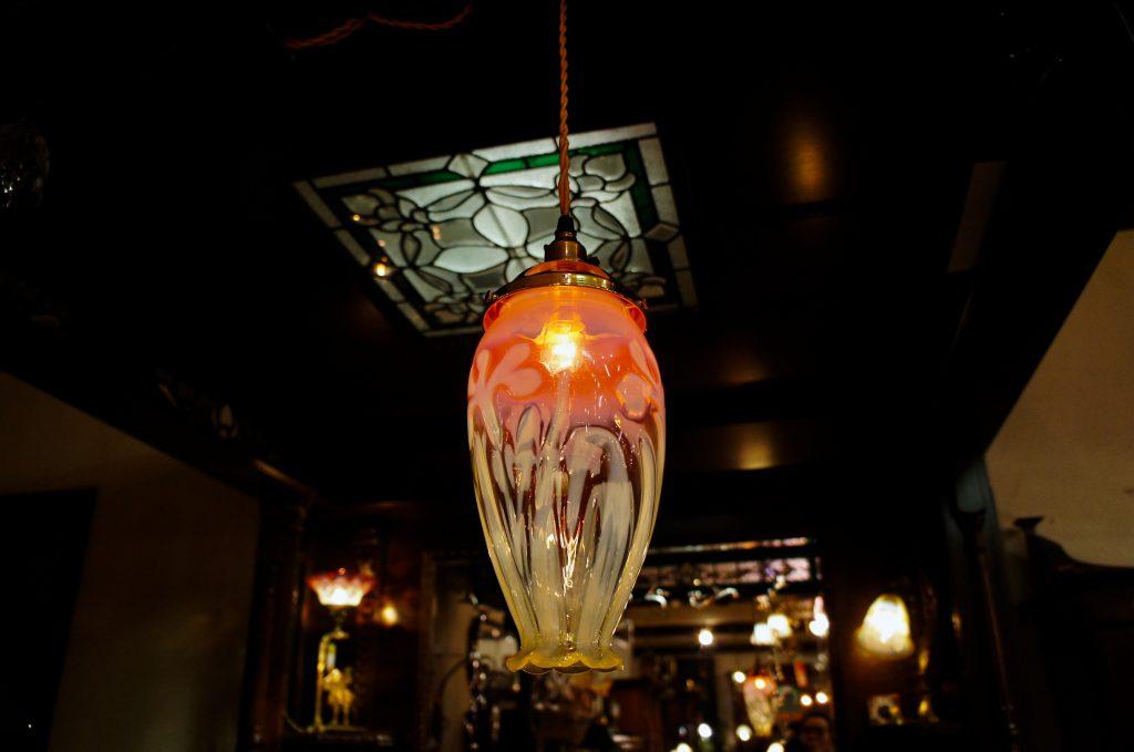 ヴァセリンガラス (NEW)アンティーク ヴァセリンガラス・ランプシェード – 65001|ヴァセリンランプ 西洋・アンティーク家具の専門店「家具のこばやし」- 福島県福島市アンナガーデン