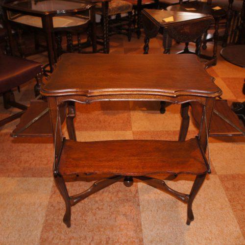 アンティーク家具 アンティーク ティーテーブル – 65126 (SOLD)|ヴァセリンランプ 西洋・アンティーク家具の専門店「家具のこばやし」- 福島県福島市アンナガーデン