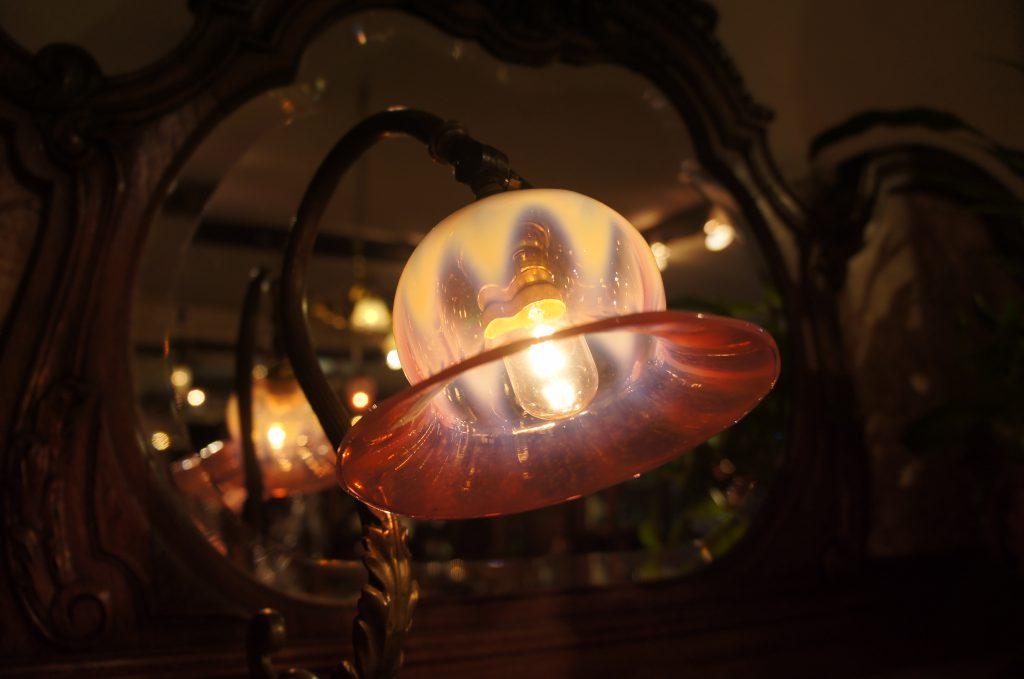ヴァセリンガラス (NEW) アンティーク ヴァセリンガラス・ランプシェード – 66080|ヴァセリンランプ 西洋・アンティーク家具の専門店「家具のこばやし」- 福島県福島市アンナガーデン