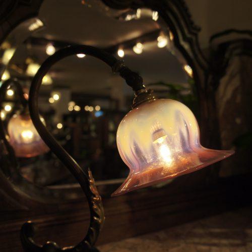 ヴァセリンガラス (NEW) アンティーク ヴァセリンガラス・ランプシェード – 66080 (SOLD)|ヴァセリンランプ 西洋・アンティーク家具の専門店「家具のこばやし」- 福島県福島市アンナガーデン