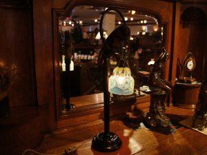 ヴァセリンガラス (NEW) アンティーク ヴァセリンガラス・テーブルランプ – 67006 (SOLD)|ヴァセリンランプ 西洋・アンティーク家具の専門店「家具のこばやし」- 福島県福島市アンナガーデン