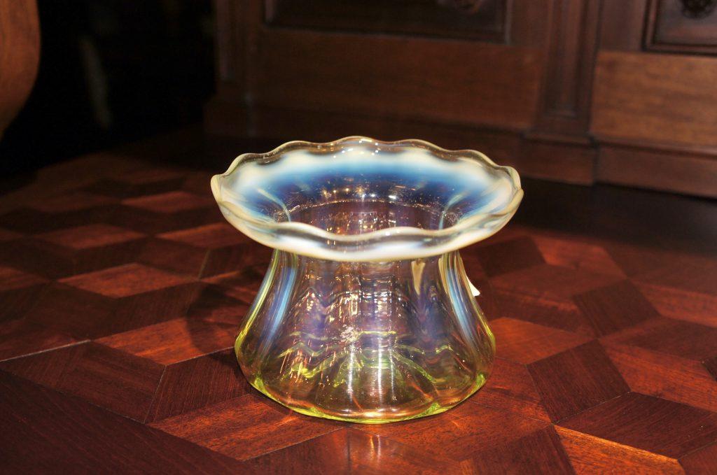 ヴァセリンガラス (NEW) アンティーク ヴァセリンガラス・花瓶 – 49053 ヴァセリンランプ 西洋・アンティーク家具の専門店「家具のこばやし」- 福島県福島市アンナガーデン